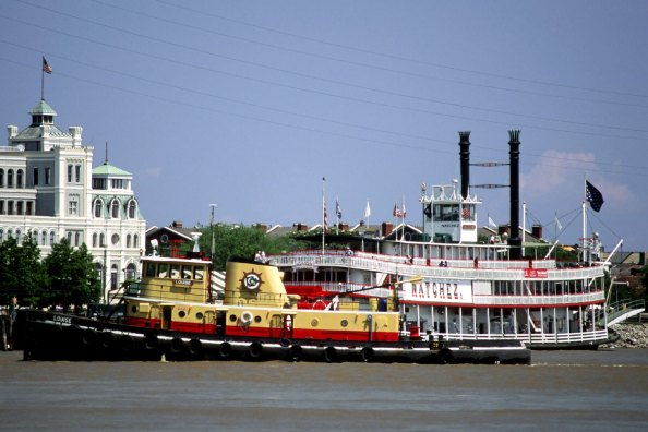 Tugboat and Steamboat Natchez
